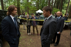 "Supernatural -- ""Bitten"" -- Image SN804b_6012 -- Pictured (L-R): Jared Padalecki as Sam and Jensen Ackles as Dean -- Credit: Jack Rowand/The CW -- © 2012 The CW Network. All Rights Reserved"